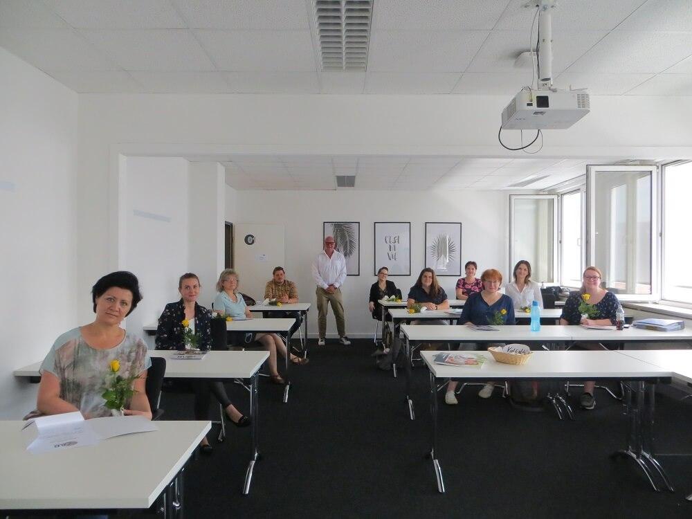 """Wir gratulieren zum erfolgreichen Abschluss """"Aufbaukurs Heimleitung/ Management einer sozialen Einrichtung""""!"""