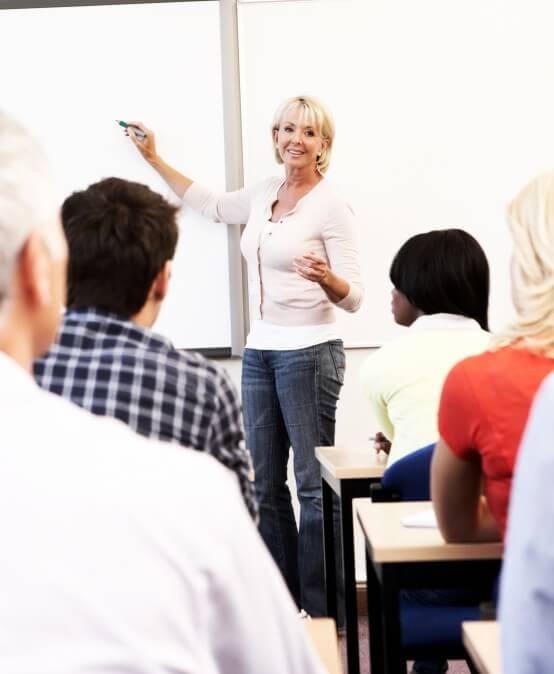 Fachkraft für Leitungsaufgaben in der Pflege (staatlich anerkannt)